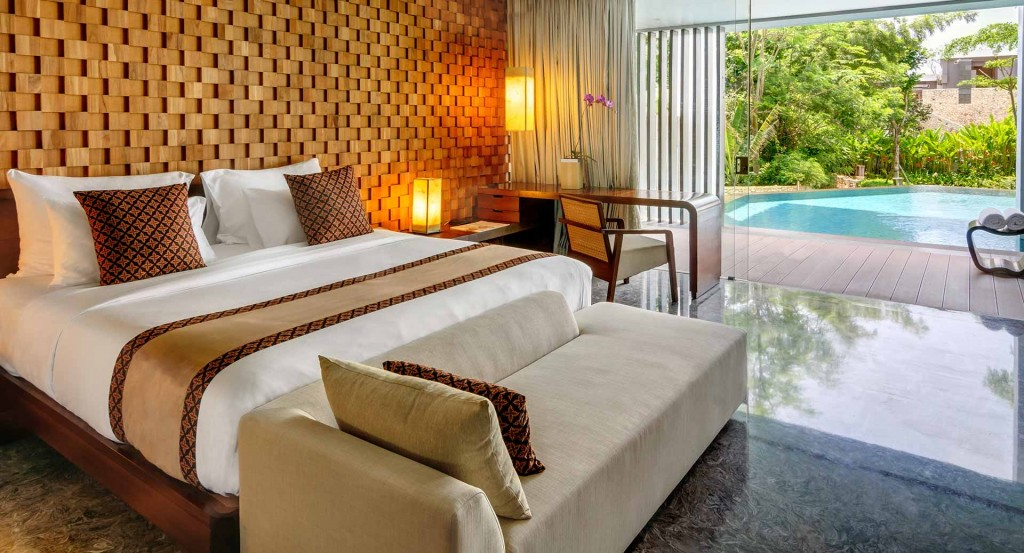 anantara_uluwatu_bali_resort_garden_view_pool_suite_1920x1037
