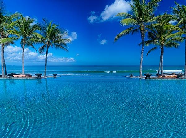 Infinity-Pool---Day